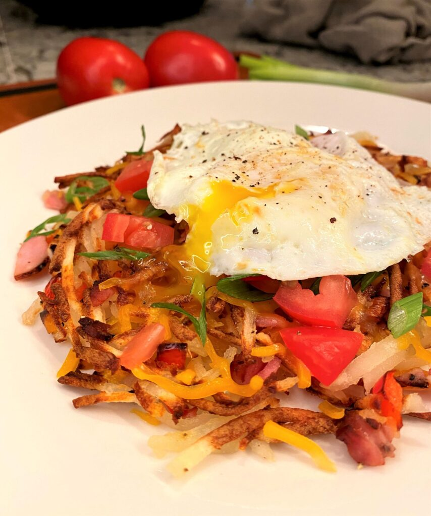 Loaded Air Fryer Hashbrowns with Egg